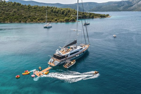 San Limi Luxury Sailing Yacht
